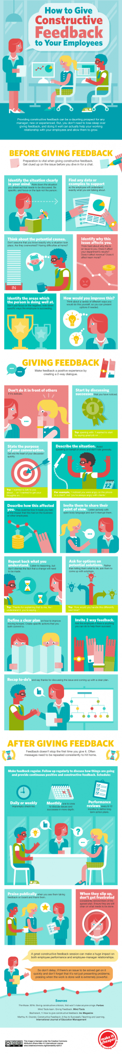 Photo of How to Give Constructive Feedback to Your Employees [INFOGRAPHIC]
